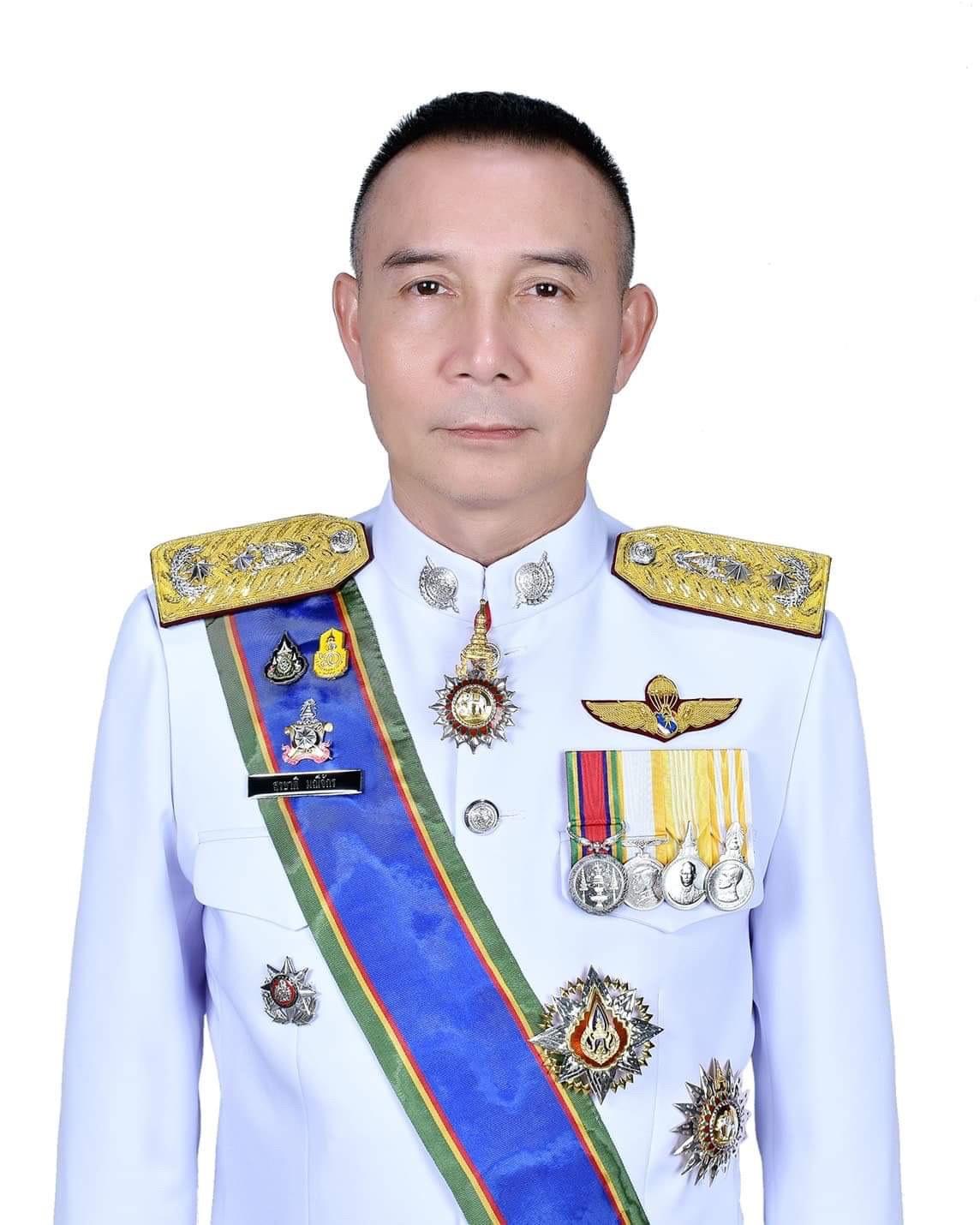 พล.ต.ต.สุรชาติ มณีจักร ผู้บังคับการตำรวจสันติบาล3